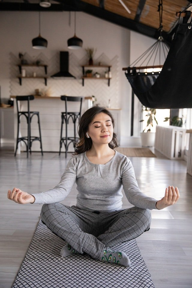 Yoga- und Meditationsübungen